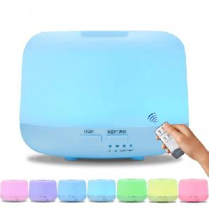 Aromaterápiás párologtató, ultrahangos párásító és illatosító, 7 színű változó led - távirányítóval