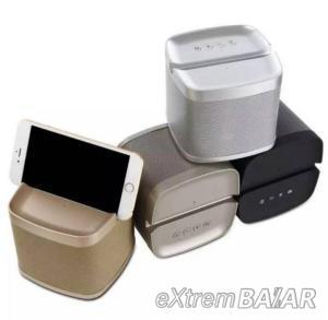 Multifunctional Wireless Bluetooth Speaker Q5 Best Quality