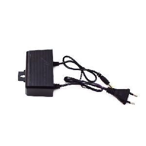 Biztonsági kamera adapter - tápegység AC DC töltőadapter 12V 2A