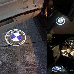 2db vezeték nélküli LED-es logó világítás autóhoz
