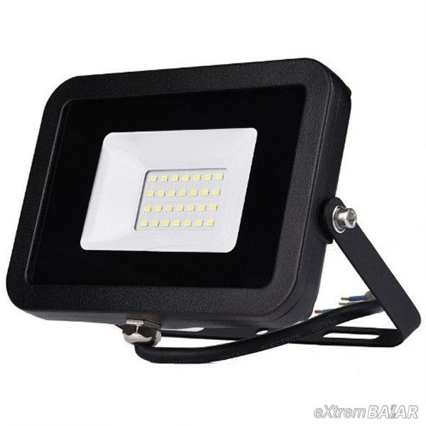 Kültéri led reflektor 10W