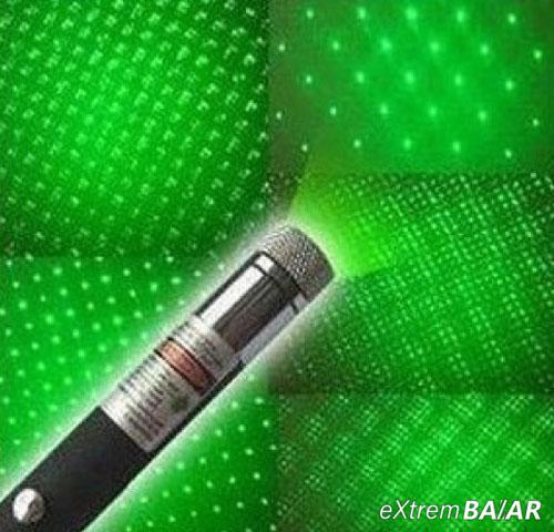 Green Laser Pointer cserélhető fejrésszel +11 FEJ (Extra erős)