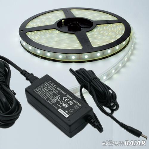 Vízálló LED Szalag Adapterrel, 5 méter ( Választható hideg és melegfehér )