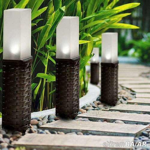 4 db-os rattan napelemes leszúrható kültéri LED lámpa
