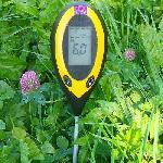 4in1 elektromos talajvizsgáló készülék / fény-, nedvesség-, ph- és hőmérséklet mérése