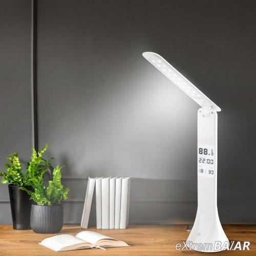 Asztali lámpa naptár, óra és hőmérséklet kijelzéssel