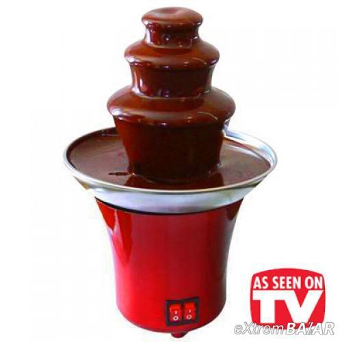 CSOKISZÖKŐKÚT ÉS FONDÜ  Mini Chocolate Fondue Fountain