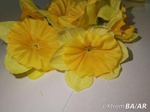 Selyem nárcisz virágfejek