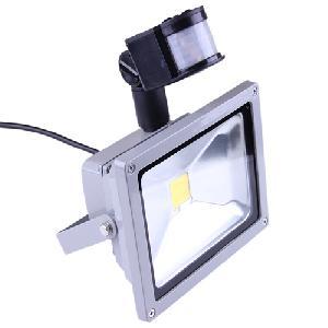 LED reflektor Energy saving 20 Watt-os ( mozgásérzékelővel )