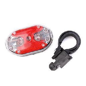Kerékpár hátsó lámpa HY-208  ( 2 x AAA )  biztonsági fény