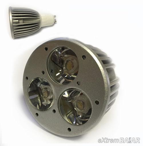 LED izzó 2800K GU10 Hideg fehér 3X1W