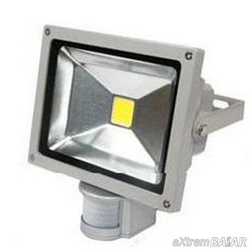 LED reflektor Energy saving 30 Watt-os ( mozgásérzékelővel )