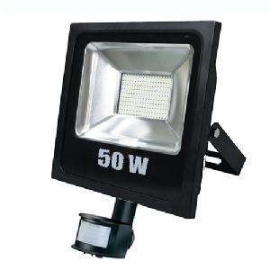 LED reflektor Energy saving 50 Watt-os ( mozgásérzékelővel ) Slim változatban