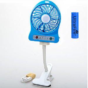 Akkumulátoros hordozható mini ventilátor - Portable mini fan - WITH CLIP -